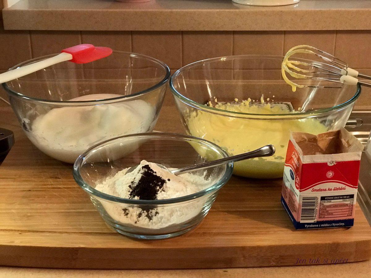 Vanilková bábovka ze šlehačky suroviny