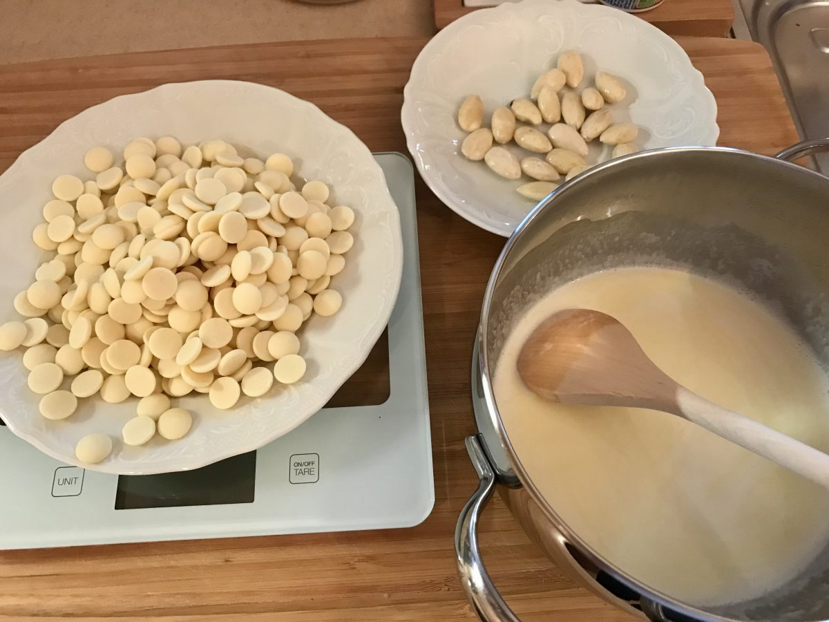 Lanýže z bílé čokolády