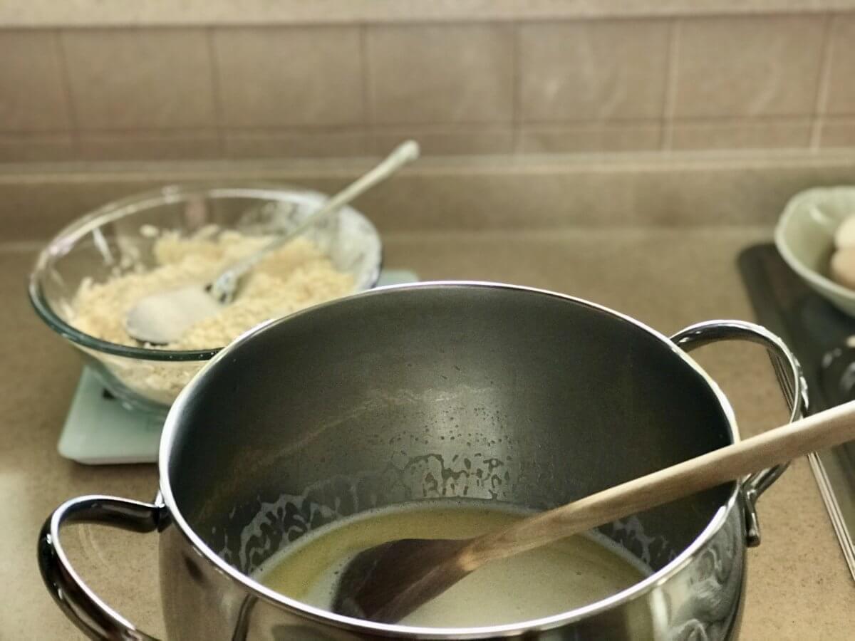 Jahodové knedlíky odpalované těsto výroba1