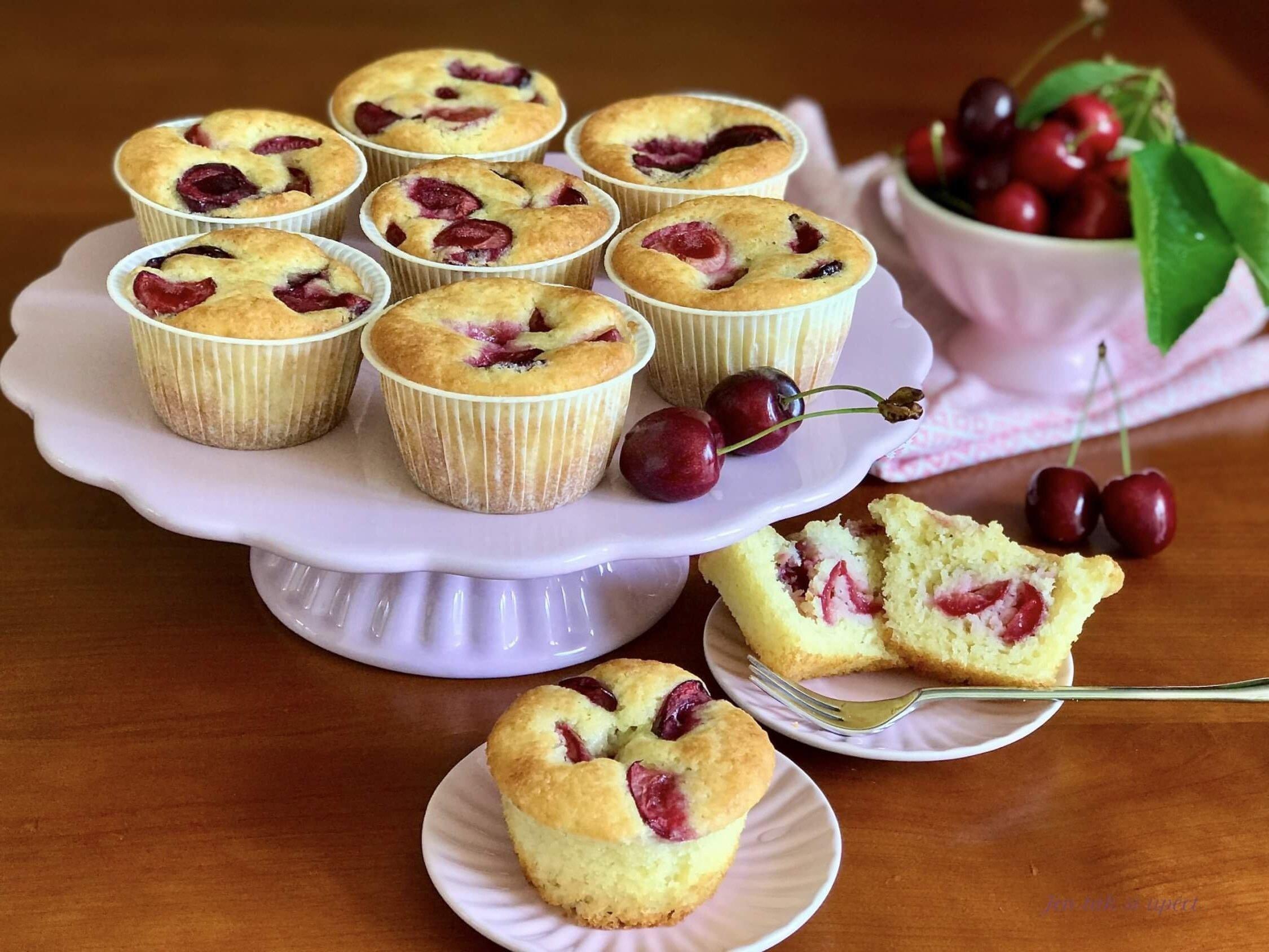 Muffiny s třešněmi hlavní