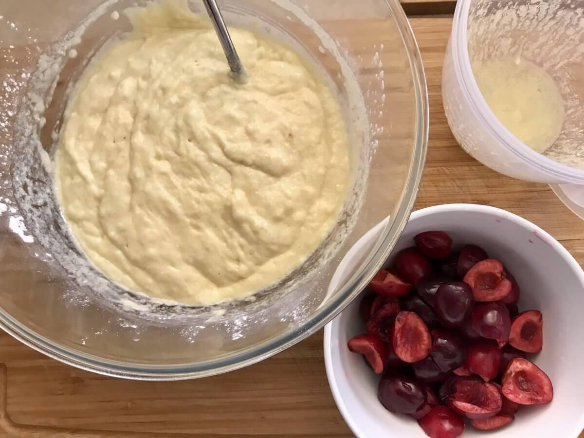 Muffiny s třešněmi těsto
