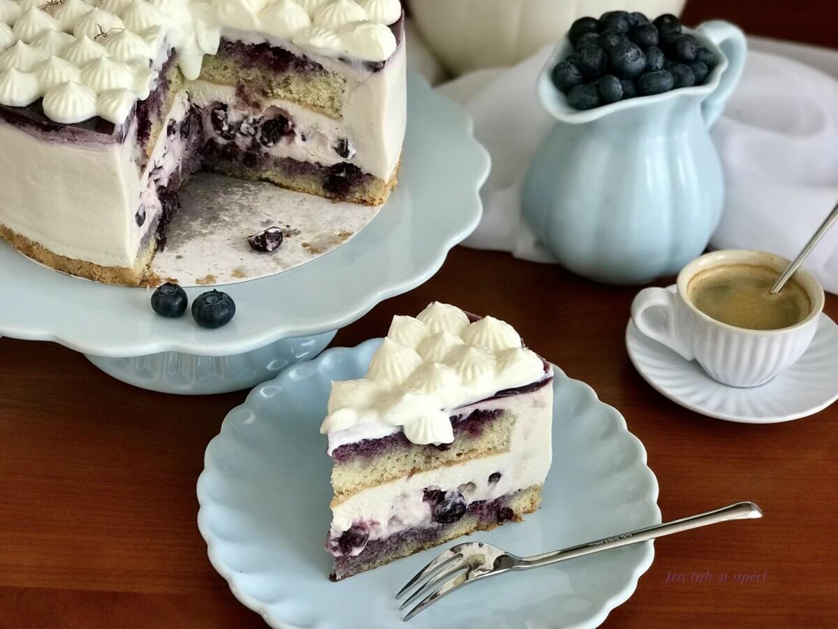 Vanilkový dort s borůvkama úvod